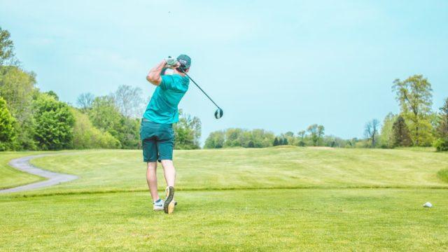 社会人の趣味ゴルフの始め方!レッスン・練習方法を解説【最安値で】
